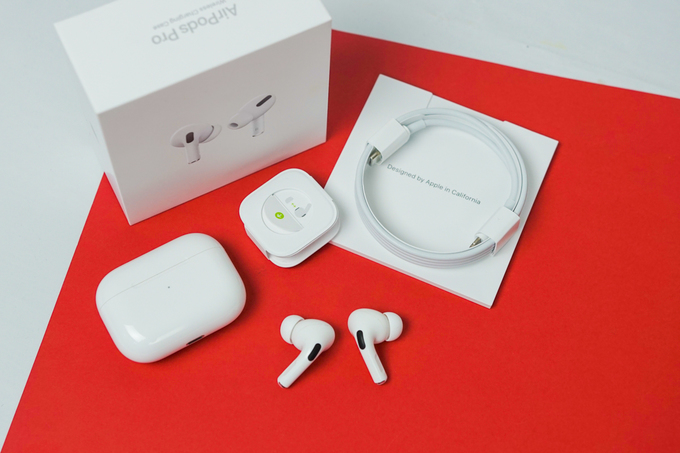 Airpods-Pro-vnexpress-REL08773-1572495171_680x0